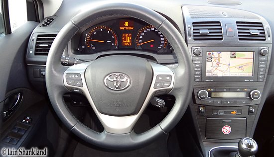 2012 Toyota Avensis Combi Road Test Road Test