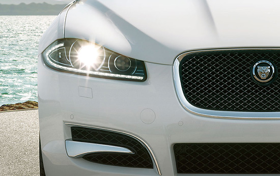 Jaguar XF, Road-Test.org