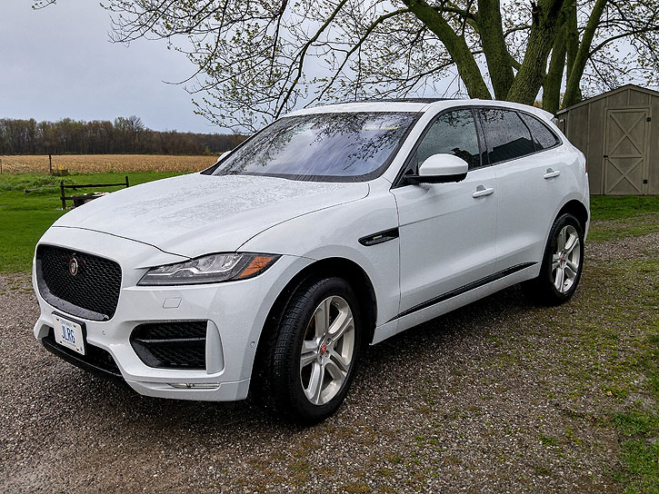 2017 jaguar f pace r sport 35t road test road. Black Bedroom Furniture Sets. Home Design Ideas